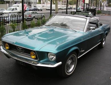 Ford Mustang Cabriolet Bleu Aqua à Nanterre (Hauts-de-Seine)
