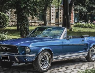Ford Mustang Cabriolet Bleu à Nanterre (Hauts-de-Seine)