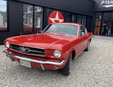 Ford Mustang Fastback (1ère Gen) à Créances (Manche)