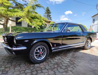 Ford Mustang Gt 1ère Génération V8 à Marennes-Hiers-Brouage (Charente-Maritime)
