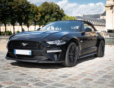 Ford Mustang V8 Cabriolet (6ème Gen) à Paris (14ème arr.)