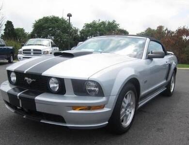 Ford Mustang à Mulsanne (Sarthe)