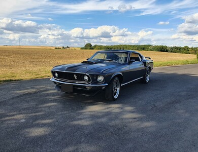 Ford Mustang à Pontoise (Val-d'Oise)