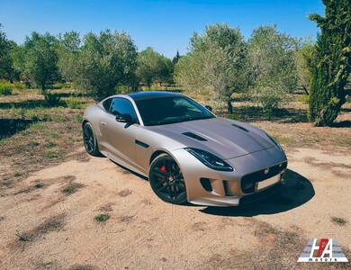 Jaguar F-type R Awd à Paris (16ème arr.)