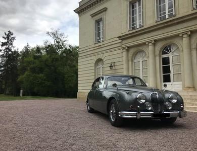 Jaguar Mk2 à Clamart (Hauts-de-Seine)
