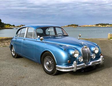 Jaguar Mk2 à Rospez (Côtes-d'Armor)