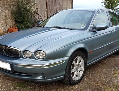 Jaguar X-type V6 2l à Paris (11ème arr.)