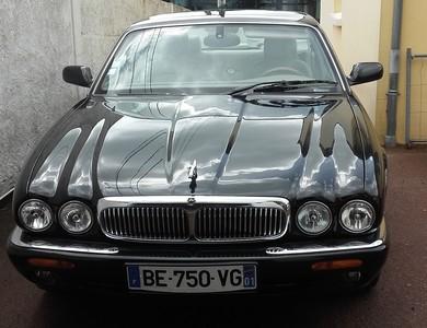 Jaguar X300 V8 Sovereign à La Montagne (Loire-Atlantique)