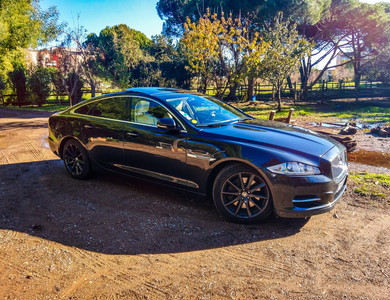 Jaguar Xj 3.0d V6 Portfolio à Marseille (9ème arr.)