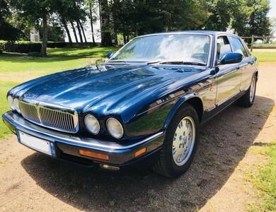 Jaguar Xj6 4.0l à Lyon (9ème arr.)