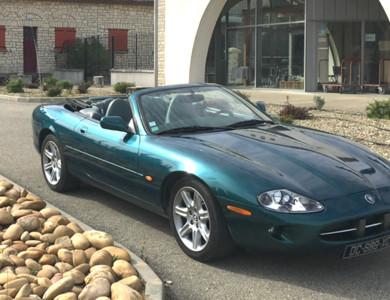 Jaguar Xk8 Cabriolet à Saint-Laurent-des-Arbres (Gard)