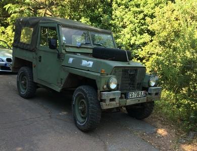 Land Rover Commando à Saint-Raphaël (Var)