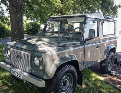 Land Rover Defender Keswick Green Heritage à Bourdalat (Landes)