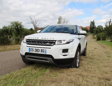 Land Rover Evoque à Strasbourg (Bas-Rhin)