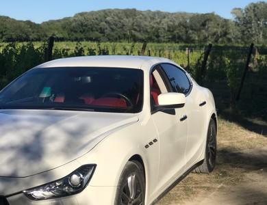Maserati Ghibli à Istres (Bouches-du-Rhône)