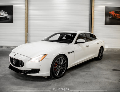 Maserati Quattroporte à Poitiers (Vienne)