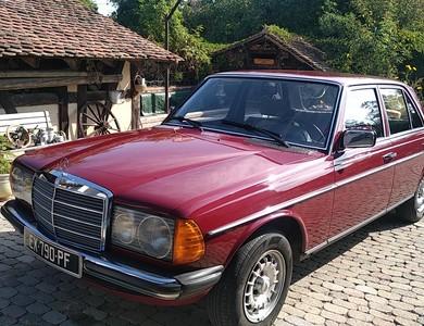 Mercedes-benz 200 (w123) à Ohnenheim (Bas-Rhin)
