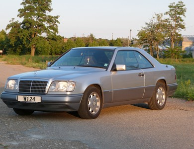 Mercedes-benz 220e Coupé à Thann (Haut-Rhin)