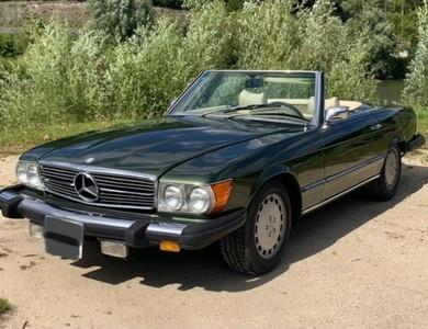 Mercedes-benz 450 Sl à Fontainebleau (Seine-et-Marne)