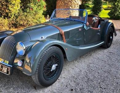 Morgan 4/4 Sport Cabriolet à Saint-Laurent-des-Arbres (Gard)