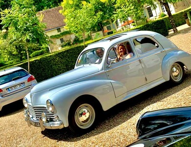 Peugeot 203 à Blois (Loir-et-Cher)