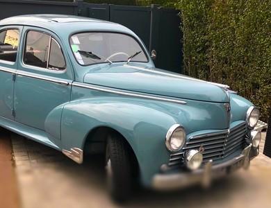 Peugeot 203 à Marcq-en-Barœul (Nord)