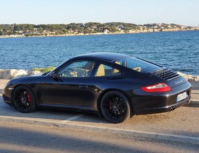 Porsche 911 à La Cadière-d'Azur (Var)