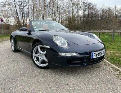 Porsche 911 à Magny-les-Hameaux (Yvelines)
