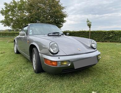 Porsche 911 Type 964 C4 à Romilly (Loir-et-Cher)