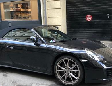 Porsche 911 Type 991 Carrera 4 Cabriolet à Paris (8ème arr.)