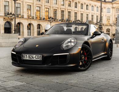 Porsche 911 Type 991 Gts Cabriolet à Paris (17ème arr.)