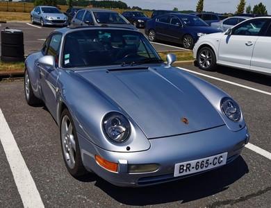 Porsche 911 Type 993 à Noisy-le-Grand (Seine-Saint-Denis)