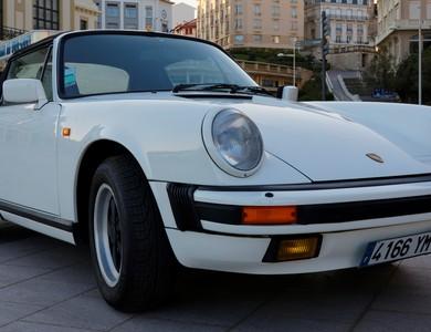 Porsche 911 Type G Carrera 3.2 Cabriolet à Biarritz (Pyrénées-Atlantiques)