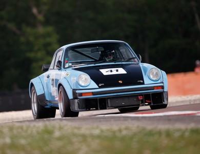 Porsche 930 Turbo Coupe Gr4 à Coye-la-Forêt (Oise)
