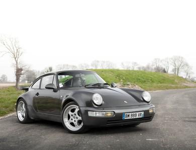Porsche 964 Turbo à Mont-Saint-Jean (Sarthe)
