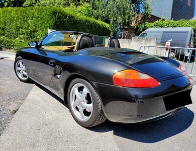 Porsche Boxster à Casaglione (Corse-du-Sud)