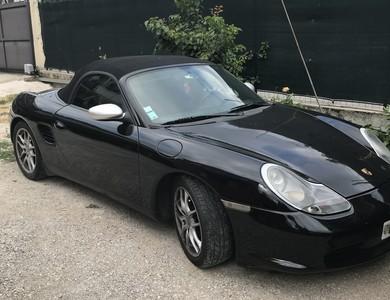 Porsche Boxster à La Trinité (Alpes-Maritimes)