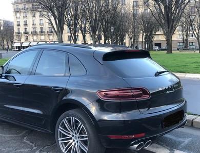 Porsche Macan S à Paris (8ème arr.)