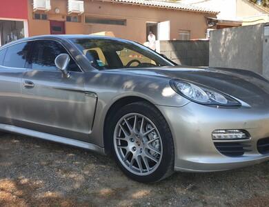 Porsche Panamera à Loupian (Hérault)