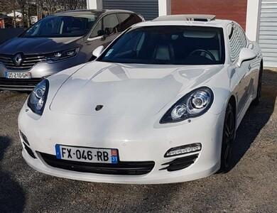 Porsche Panamera S Hybrid à Montastruc-la-Conseillère (Haute-Garonne)