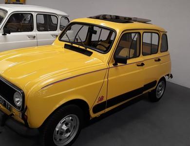 Renault 4l Sixties à Poitiers (Vienne)