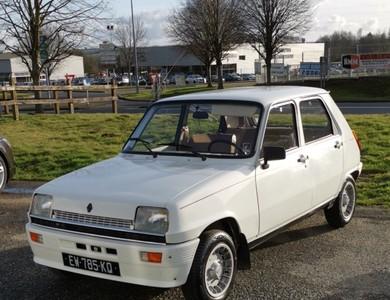 Renault R5 Lauréate à Avranches (Manche)