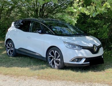 Renault Scénic à Brindas (Rhône)
