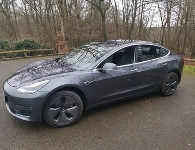 Tesla Model 3 Dual Motors à Bezons (Val-d'Oise)