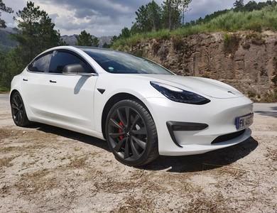 Tesla Model 3 Grande Autonomie Performance à Cournonterral (Hérault)