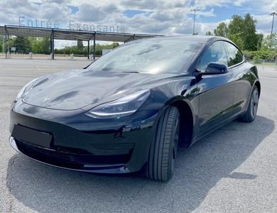 Tesla Model 3 à Paris (17ème arr.)