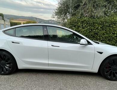 Tesla Model 3 Performance à Nice (Alpes-Maritimes)