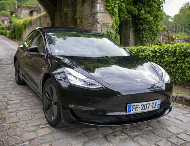 Tesla Model 3 à Saint-Tropez (Var)