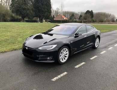 Tesla Model S 100d à Boulogne-Billancourt (Hauts-de-Seine)