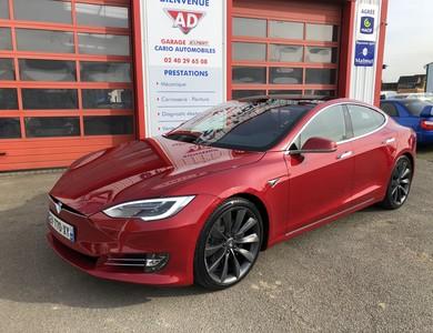 Tesla Model S 100d à Saint-Mars-du-Désert (Loire-Atlantique)